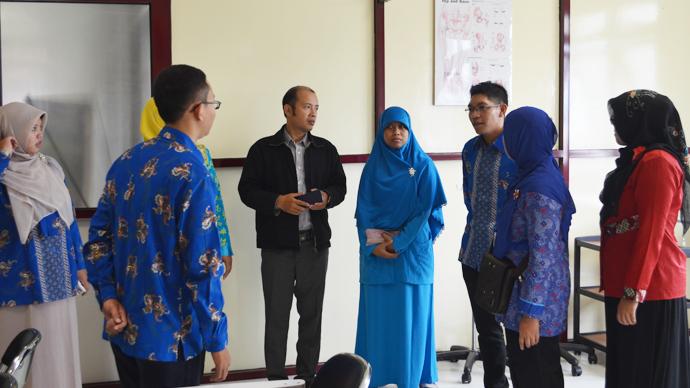 Kunjungan Studi Banding dari STIKES Surakarta